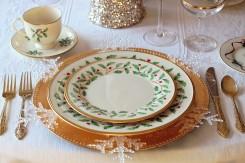 ディナー前のテーブル